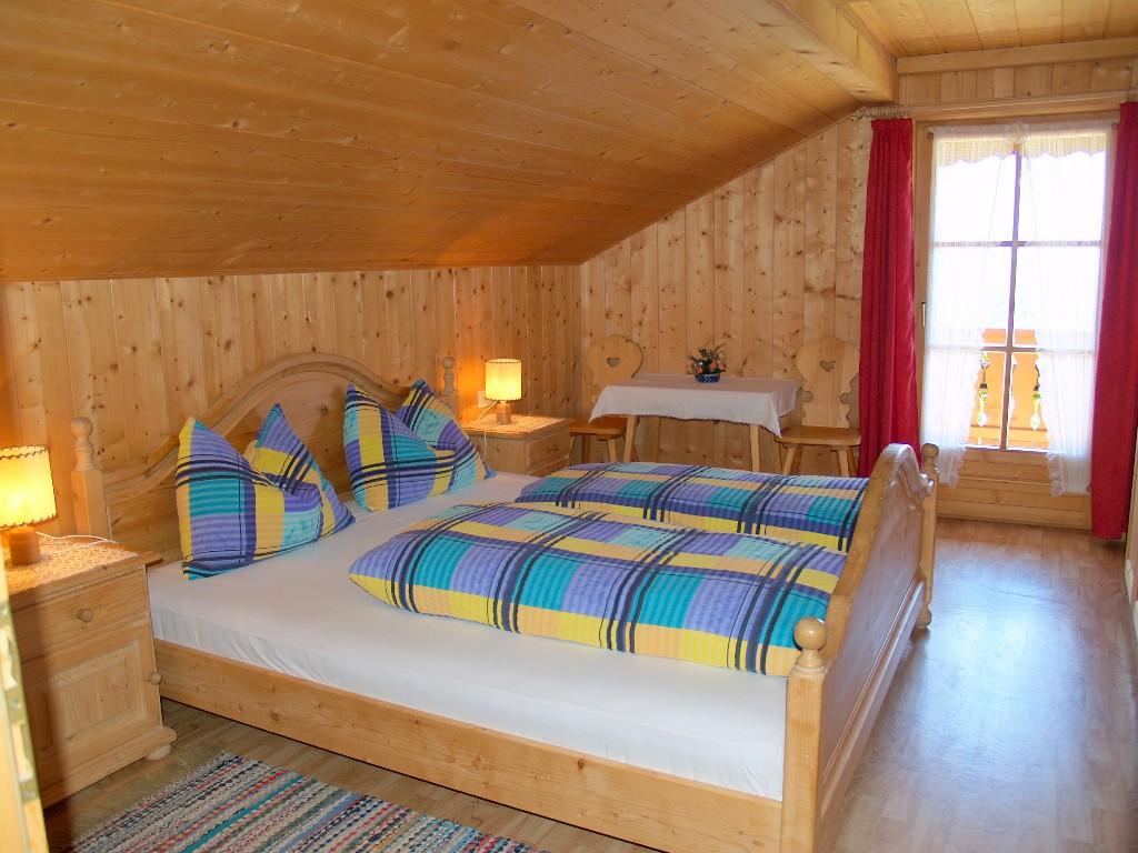 [:de]Schlafzimmer 1[:it]camera da letto 1[:en]bedroom 1[:]