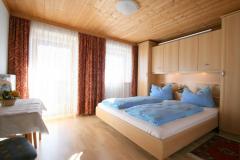 Schlafzimmer-2-Wohnung-11